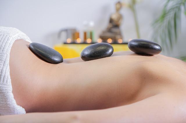 kamenná masáž