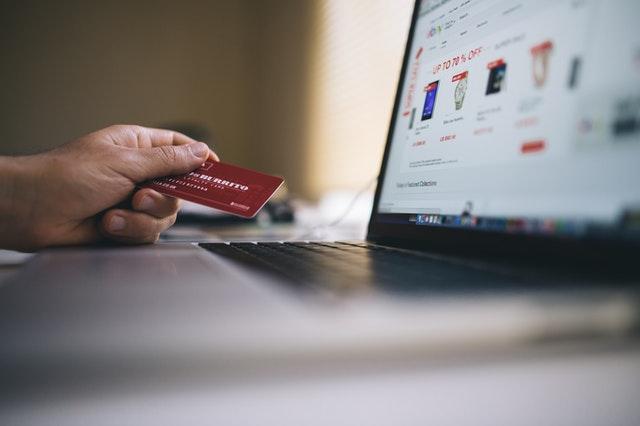 platební karta, nákup na internetu