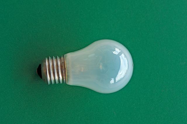 klasická vláknová žárovka